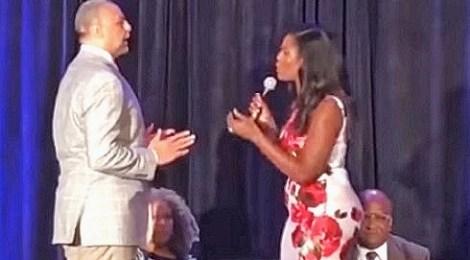 Omarosa Manigault argues moderator Ed Gordon black conference