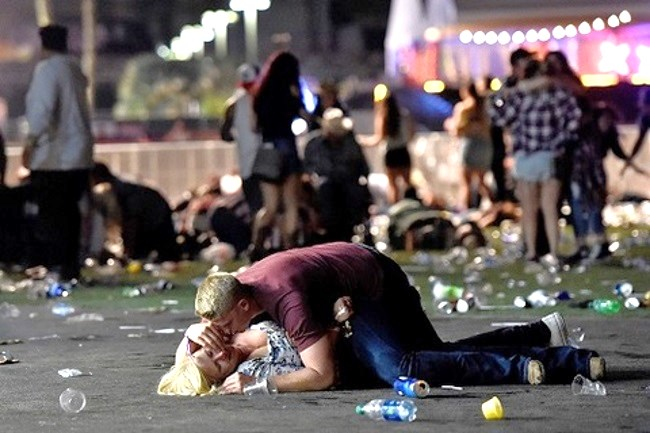 Las Vegas gunman may have planned to attack Lorde concert first