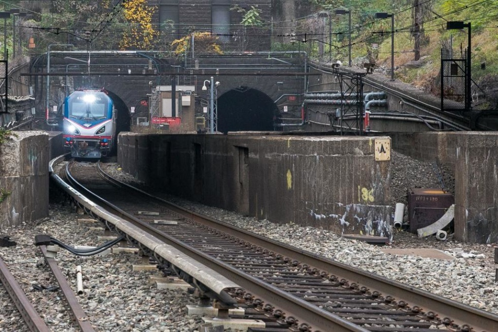 Trump administration shuts down $13B Obama-era rail tunnel funding deal