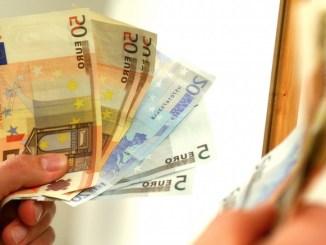 Bani pentru investiții. FOTO Arhiva BizPLUS