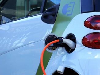 Mașină electrică. FOTO Mikes-Photography