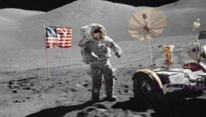 ay-a-ayak-basan-son-astronot-oldu-bizsiziz
