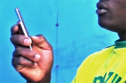 More than a billion glances at smartphones in Africa every day