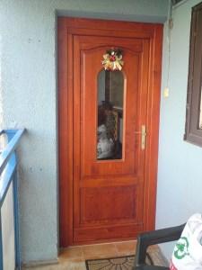 Panel lakás ajtócsere