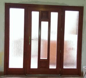 Őrmező fa bejárati ajtócsere