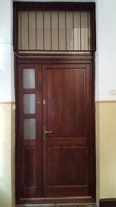 Baross Gábor-telep fa bejárati ajtócsere