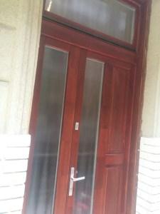 Csepel-Gyártelep fa bejárati ajtócsere