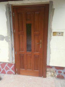 Csepel-Háros fa bejárati ajtócsere