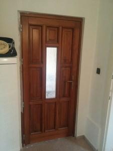 Csepel-Ófalu fa bejárati ajtócsere