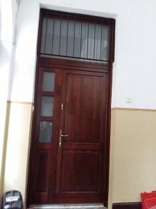 Hárshegy fa bejárati ajtócsere