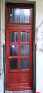 Lágymányos fa bejárati ajtócsere