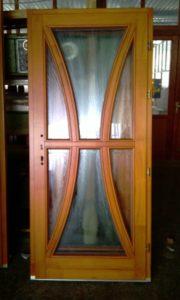 Törökvész fa bejárati ajtócsere