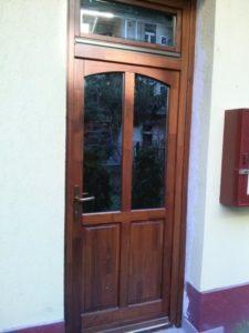 Csepel-Csillagtelep fa bejárati ajtócsere