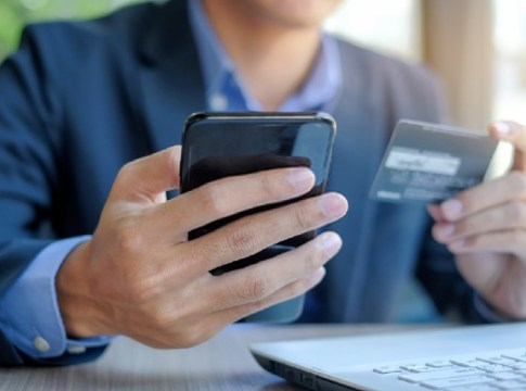 Demystifying the Negative Impact of Credit Cards on Your Finance
