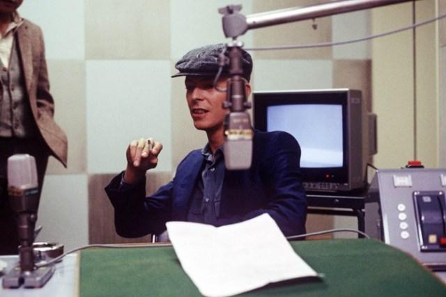David Bowie 1983 - Dennis O'Regan - Hit Channel