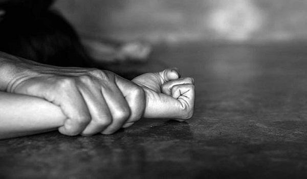 Ιταλία: Μετανάστης από τη Σενεγάλη βίασε νοσηλεύτρια - Bizznews.gr