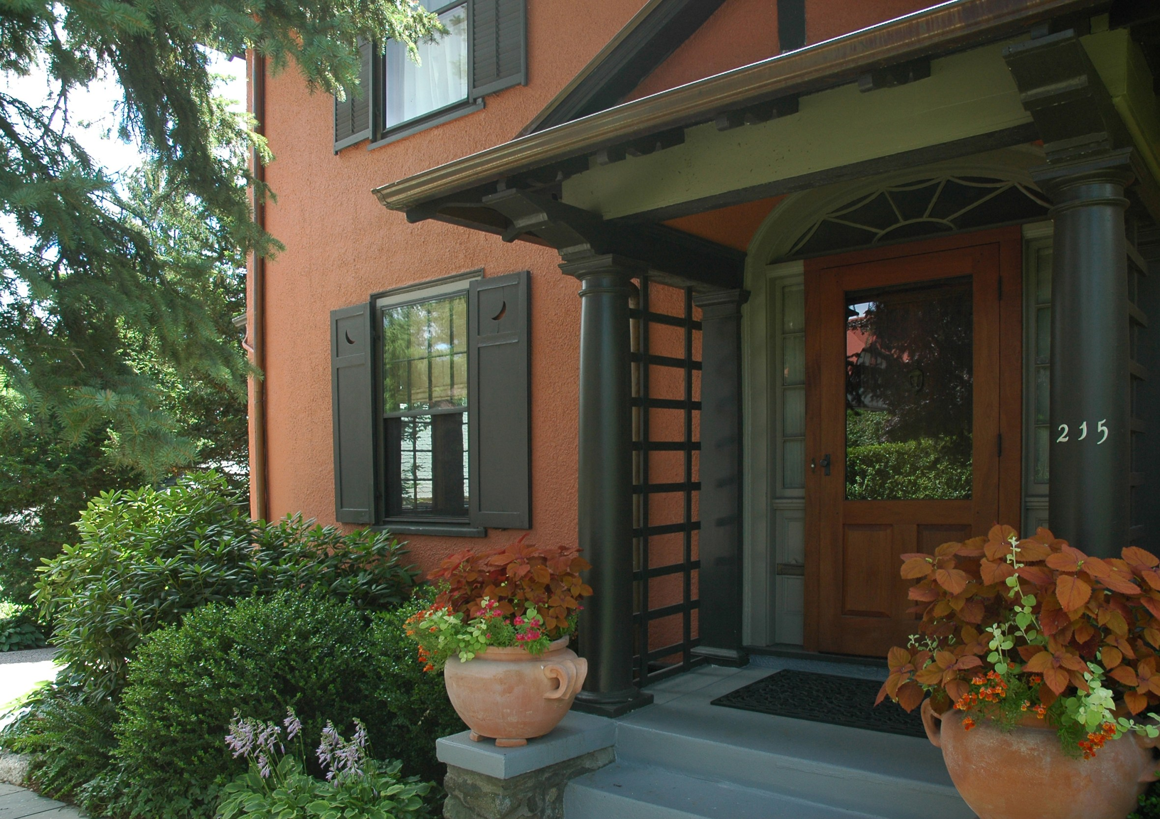 exterior color consulting services