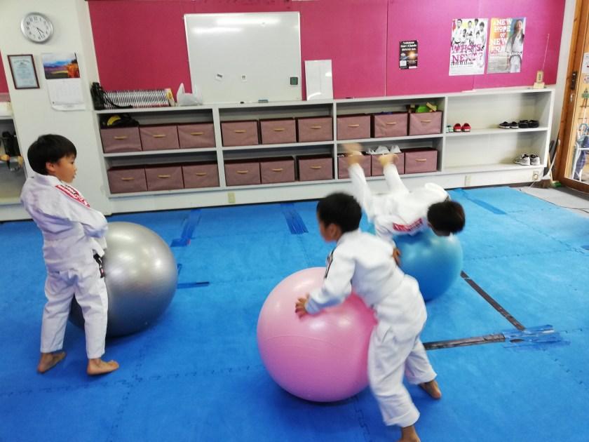 スポーツ,バランスボール,教室,習い事