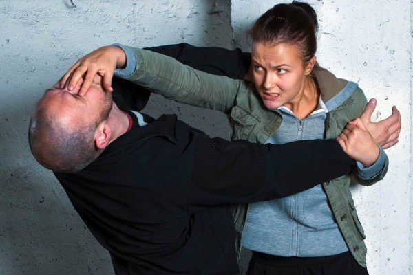 7 Warning Signs Your Self Defence Training Is Useless