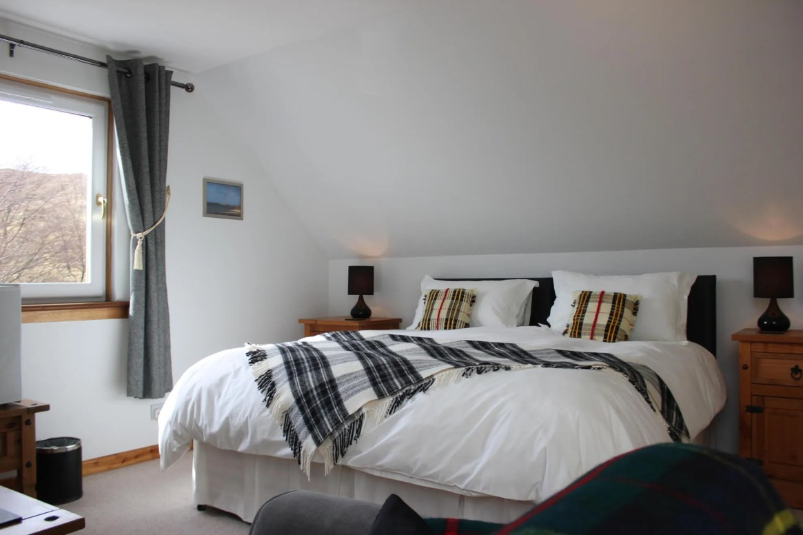 black-cuillin-room-spacious