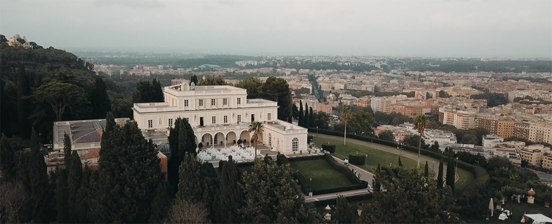 Villa miani vista dal drone