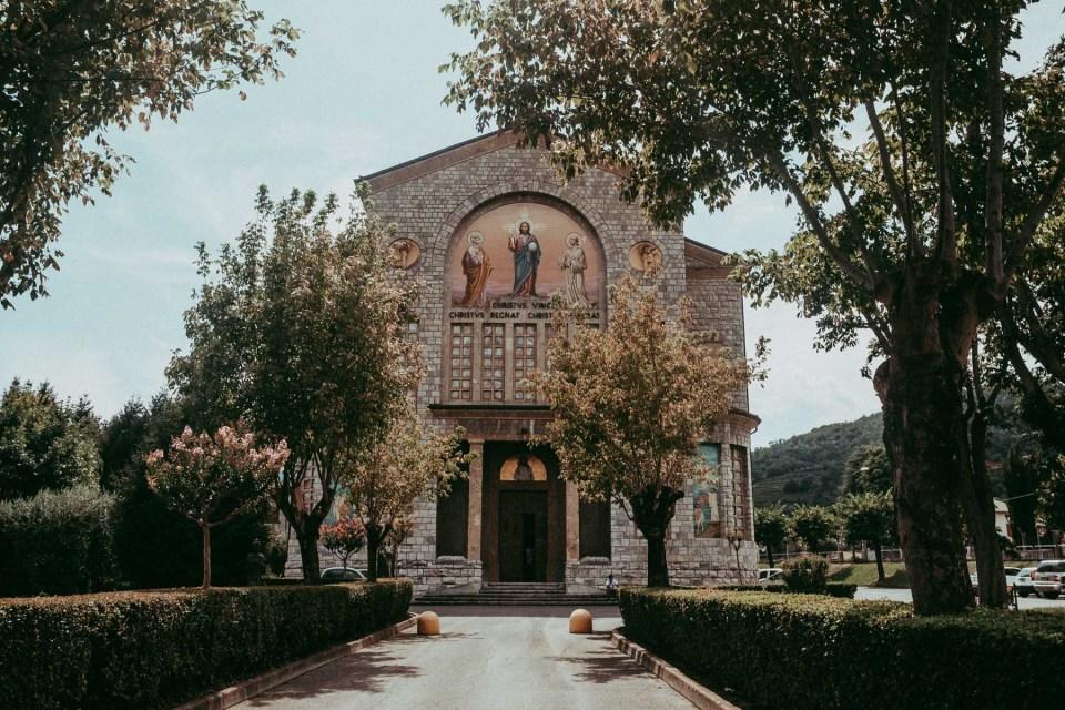 Parrocchia Cristo Re, Matrimonio lago d'Iseo
