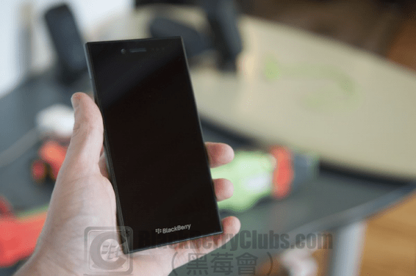blackberry-leap-is-available_bbc_02
