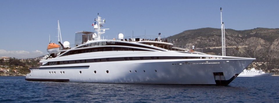 Black Diamond Lifestyle Super Yachts