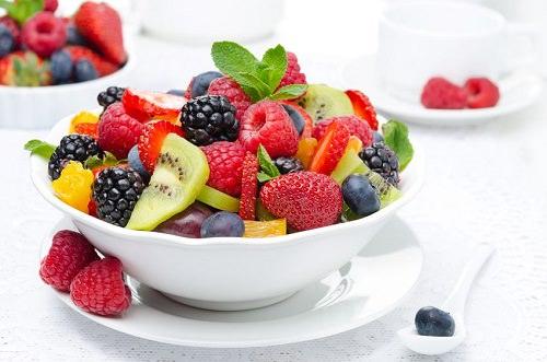 Fasten, um Gewicht zu verlieren: Wie man intermittierendes Fasten benutzt, um Gewicht in 2 Wochen zu verlieren