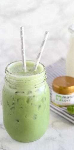 Iced Mocha Green Smoothie