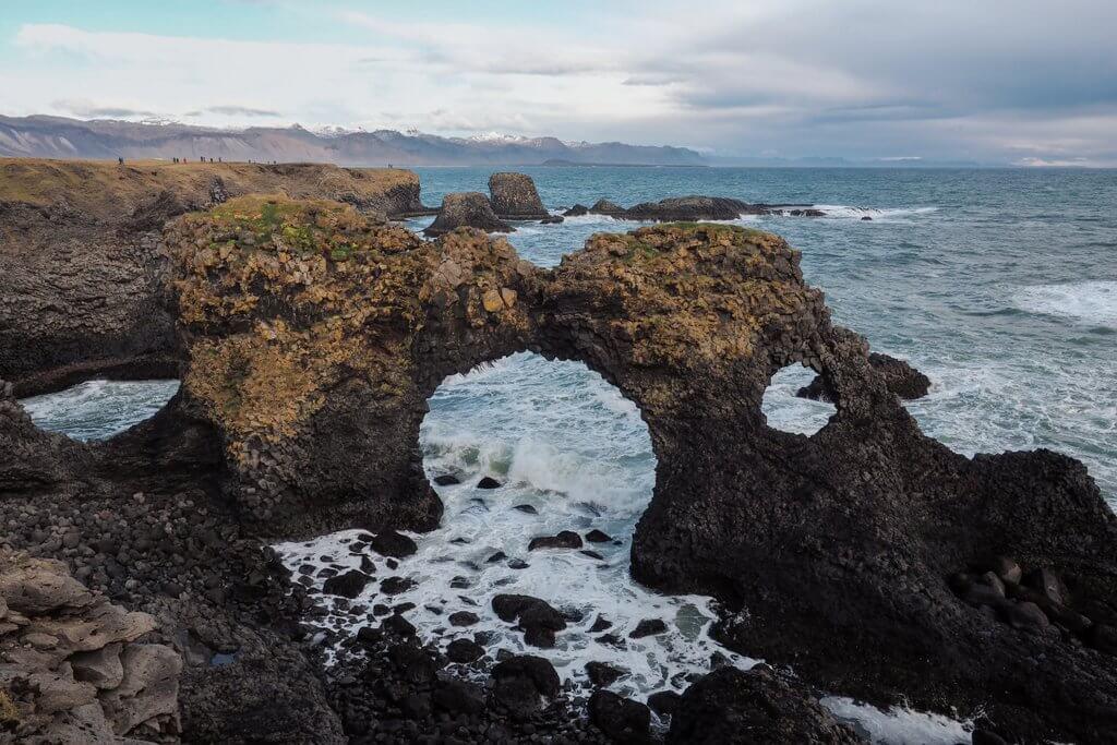 Gatklettur-eiland Snaefellsnes