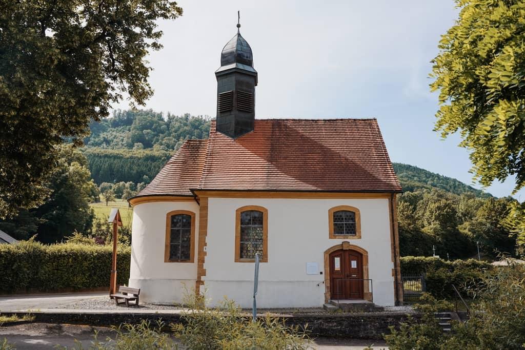 Pieta Nenningen begraafplaats kapel Leeuwenpad heldentocht