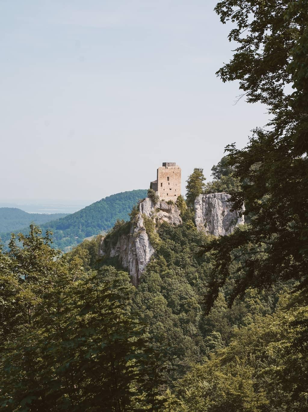 Ruïnes van Reussenstein van de Albsteig