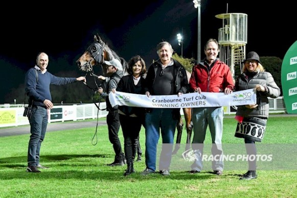 Indrabeel (NZ) after winning the MyPunter.com Maiden Plate at Cranbourne, 25 May 2018. (Natasha Morello/Racing Photos)