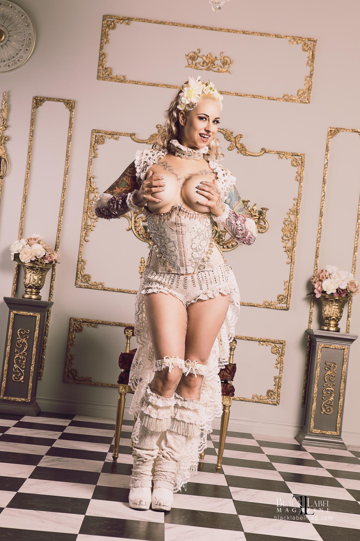 Black Label Magazine, inked girls, naked tattooed models, sexy tats, inked beauties, nude models, ivizia dakini