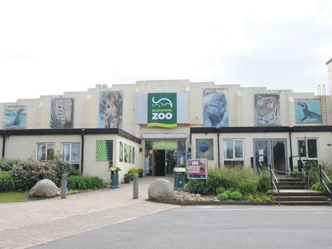 Blackpool Zoo is a family-friendly attraction, providing fun and education for all ages. Located only five minutes from Junction 4 of the M55 motorway, the zoo is situated in 32 acres of spacious, mature parkland with lakes, waterfalls and traditional English woodland. The zoo will be open from 10am to 5.45pm this bank holiday weekend.