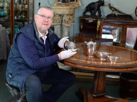 Auctioneer Steve Sly said he would be delighted for the tea service to go back to Stoke City who originally gifted the set