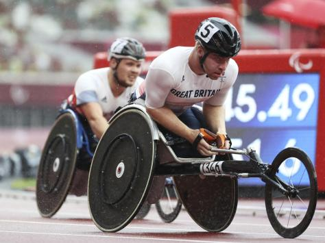 Disappointment for the Brits in the T34 800m wheelchair final in Tokyo, where Isaac Towers and Ben Rowlings (rear) finished seventh and eighth