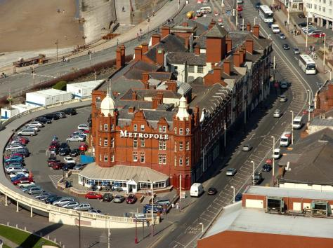 223 asylum seekers will be housed in the Metropole Hotel on the Promenade