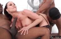 MILF KENDRA LUST SEXY THREESOME