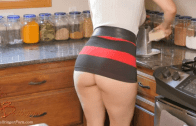 MY MOM HAS A PERFECT BUTT