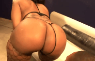 BIG BOOTY CHEROKEE D'ASS VS CJ