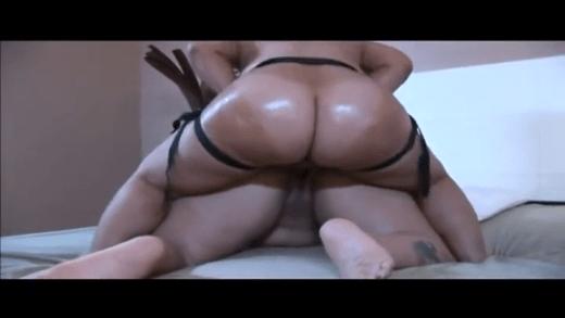 Pinky XXX & BootyLicious