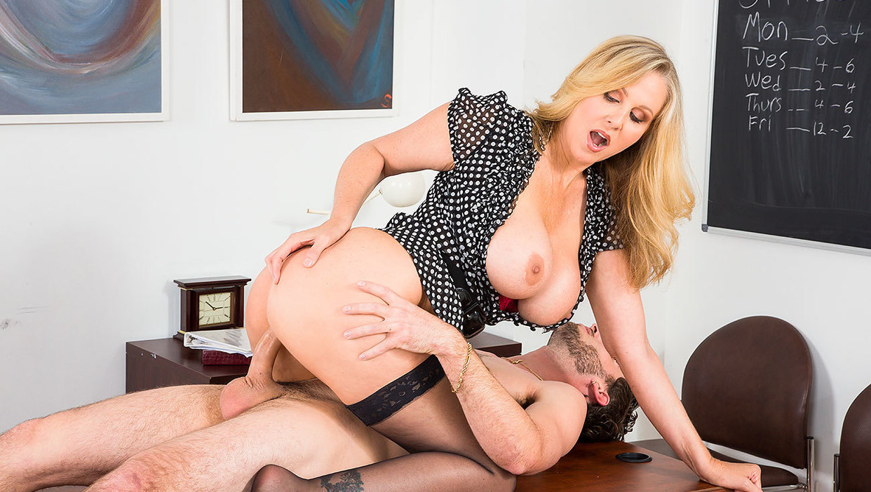 Free my first sex teacher movies, girl kissing naked drawing