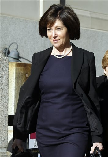 In this May 2, 2014 file photo, Francine Katz leaves the Civil Court building in St. Louis. Katz sued Anheuser-Busch in 2009 for gender discrimination, a year after resigning as vice president of communications and consumer affairs for the maker of Budweiser, Bud Light and other beers. Closing arguments are expected Thursday, May 15, 2014 in the case after nearly three weeks of testimony. (AP Photo/Jeff Roberson, File)