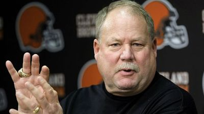 Cleveland Browns president Mike Holmgren (Tony Dejak/AP Photo)