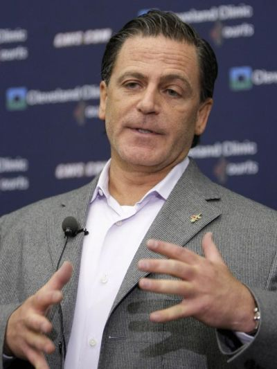 Cleveland Cavaliers owner Dan Gilbert talks to the media during a news conference in Independence, Ohio. (Tony Dejak/AP Photo)