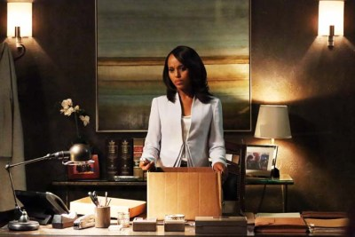 """This undated publicity photo released by ABC shows Kerry Washington as Olivia Pope in a scene from the season finale, """"White Hat's Back On,"""" from ABC Television Network's show, """"Scandal."""" (AP Photo/ABC, Richard Cartwright)"""