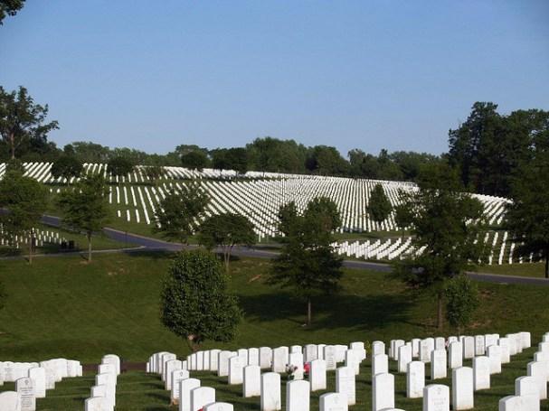 Jefferson Barracks National Cemetery (Cristina Rutz/Flickr/CC BY 2.0)