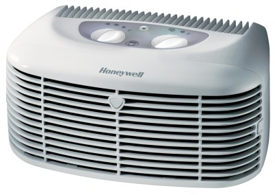 Honeywell's HEPA Clean Compact air purifier